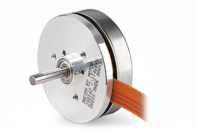 Brushless DC motors with flat design